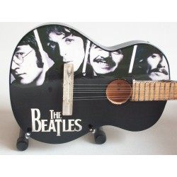 Guitare miniature...