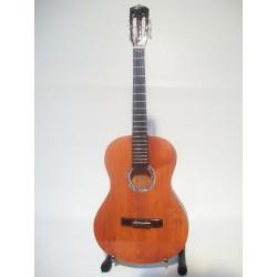 Guitare miniature classique...