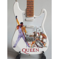Guitare miniature -Freddie...