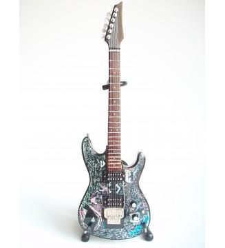 Guitare miniature Joe...